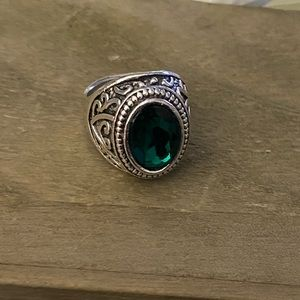 Other - 3/$25 Statement Ring Vintage Now Green Emerald
